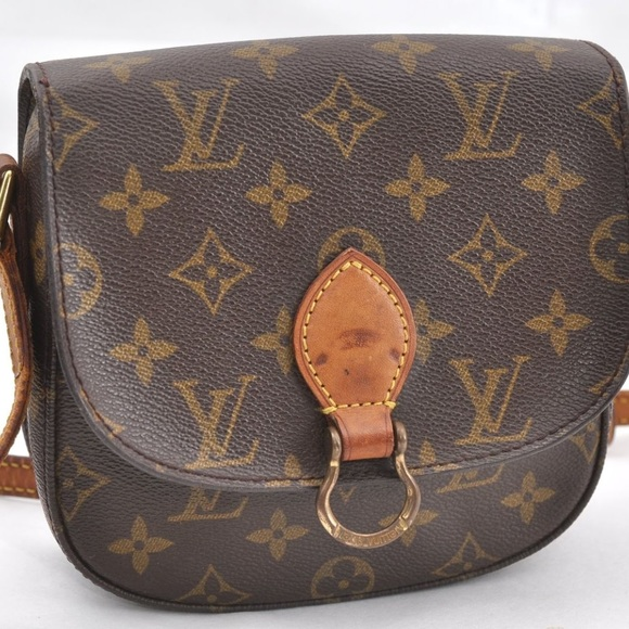 714d6bf1e58c Louis Vuitton Handbags - Authentic Louis Vuitton Saint Cloud PM Crossbody